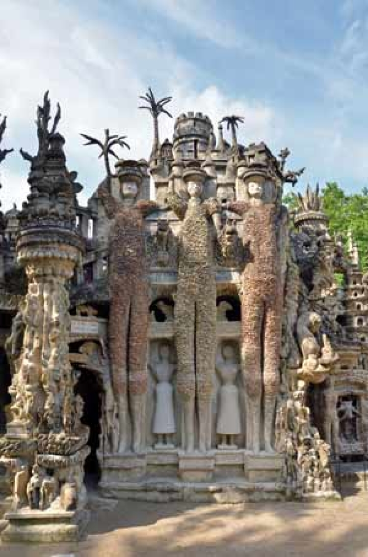 Centennial of the Palais Idéal, the fantastic dream palace by Facteur Cheval